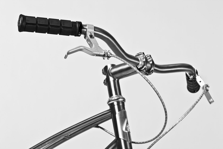 Dream bike budnitz bicycles no 2 ti belt drive 96er for Motor cycle handle bars